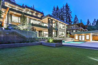 Main Photo: 348 STEVENS Drive in West Vancouver: British Properties House for sale : MLS®# R2337923