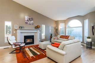 "Photo 2: 21010 44 Avenue in Langley: Brookswood Langley House for sale in ""Cedar Ridge"" : MLS®# R2340688"