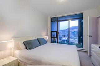 """Photo 12: 2404 301 CAPILANO Road in Port Moody: Port Moody Centre Condo for sale in """"The Residences"""" : MLS®# R2344788"""