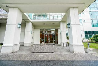 "Photo 17: 511 2763 CHANDLERY Place in Vancouver: Fraserview VE Condo for sale in ""THE RIVERDANCE"" (Vancouver East)  : MLS®# R2347439"