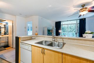 "Photo 4: 511 2763 CHANDLERY Place in Vancouver: Fraserview VE Condo for sale in ""THE RIVERDANCE"" (Vancouver East)  : MLS®# R2347439"