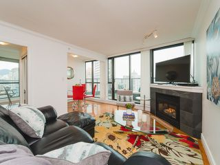 Photo 5: 2809 501 PACIFIC Street in Vancouver: Downtown VW Condo for sale (Vancouver West)  : MLS®# R2354691