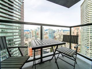 Photo 9: 2809 501 PACIFIC Street in Vancouver: Downtown VW Condo for sale (Vancouver West)  : MLS®# R2354691