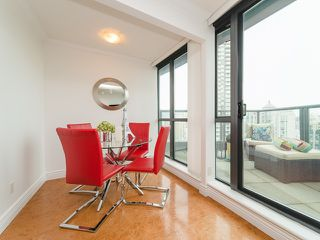 Photo 7: 2809 501 PACIFIC Street in Vancouver: Downtown VW Condo for sale (Vancouver West)  : MLS®# R2354691