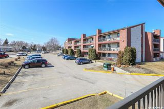 Photo 3: 209C 3302 33rd Street West in Saskatoon: Dundonald Residential for sale : MLS®# SK766162