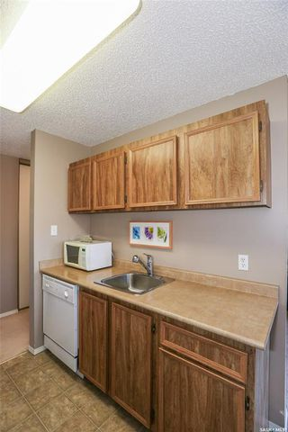 Photo 9: 209C 3302 33rd Street West in Saskatoon: Dundonald Residential for sale : MLS®# SK766162