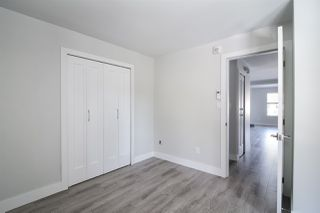 "Photo 12: 3 15989 MARINE Drive: White Rock Condo for sale in ""MARINER ESTATES"" (South Surrey White Rock)  : MLS®# R2368349"