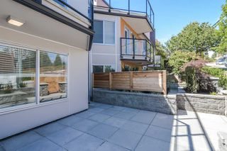"Photo 2: 3 15989 MARINE Drive: White Rock Condo for sale in ""MARINER ESTATES"" (South Surrey White Rock)  : MLS®# R2368349"