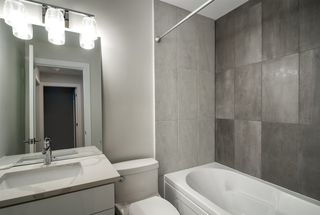 "Photo 10: 3 15989 MARINE Drive: White Rock Condo for sale in ""MARINER ESTATES"" (South Surrey White Rock)  : MLS®# R2368349"