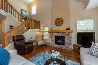 "Photo 6: 43585 FROGS Hollow in Cultus Lake: Lindell Beach House for sale in ""THE COTTAGES AT CULTUS LAKE"" : MLS®# R2372412"