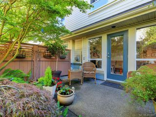 Photo 11: 7 1019 North Park St in VICTORIA: Vi Central Park Row/Townhouse for sale (Victoria)  : MLS®# 815307