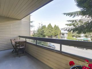 "Photo 8: 202 2234 PRINCE ALBERT Street in Vancouver: Mount Pleasant VE Condo for sale in ""OASIS"" (Vancouver East)  : MLS®# R2376523"