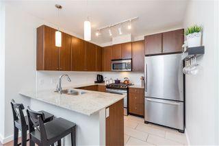 "Photo 3: 1803 280 ROSS Drive in New Westminster: Fraserview NW Condo for sale in ""THE CARLYLE"" : MLS®# R2376749"