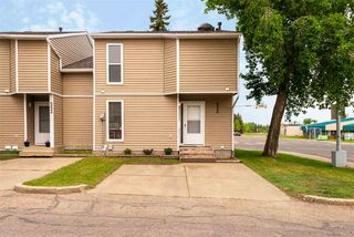 Main Photo: 550 SADDLEBACK Road in Edmonton: Zone 16 Townhouse for sale : MLS®# E4160296