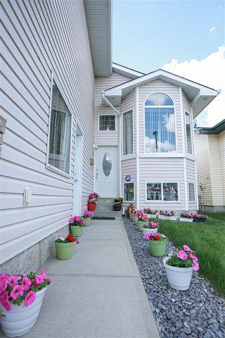 Photo 2: 3512 25 Street in Edmonton: Zone 30 House for sale : MLS®# E4162559
