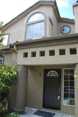 Photo 3: CARMEL VALLEY Townhome for rent : 3 bedrooms : 12611 El Camino Real #E in San Diego
