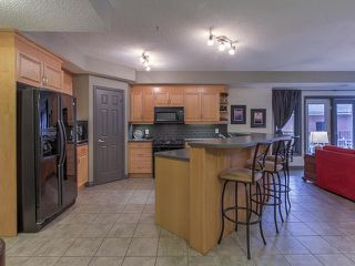 Photo 3: 102 9803 96A Street in Edmonton: Zone 18 Condo for sale : MLS®# E4168086