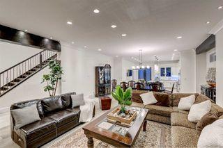 Photo 4: 10942 63 Avenue in Edmonton: Zone 15 House for sale : MLS®# E4169834