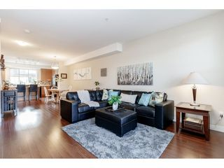 "Photo 5: 98 9525 204 Street in Langley: Walnut Grove Townhouse for sale in ""TIME"" : MLS®# R2401291"