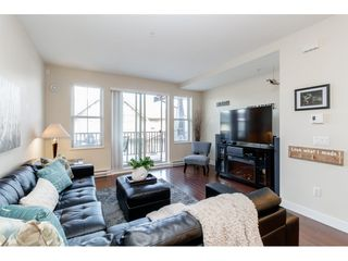 "Photo 4: 98 9525 204 Street in Langley: Walnut Grove Townhouse for sale in ""TIME"" : MLS®# R2401291"