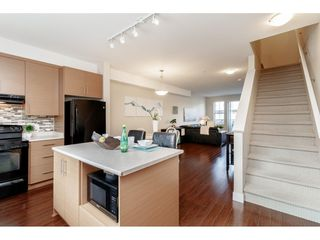 "Photo 11: 98 9525 204 Street in Langley: Walnut Grove Townhouse for sale in ""TIME"" : MLS®# R2401291"