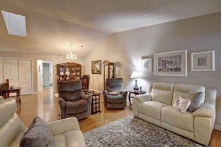 Photo 3: 326 REHWINKEL Close in Edmonton: Zone 14 House Half Duplex for sale : MLS®# E4184022