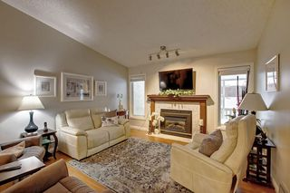 Photo 2: 326 REHWINKEL Close in Edmonton: Zone 14 House Half Duplex for sale : MLS®# E4184022