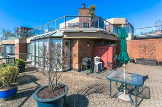 """Photo 15: 709 1490 PENNYFARTHING Drive in Vancouver: False Creek Condo for sale in """"Harbour Cove"""" (Vancouver West)  : MLS®# R2447030"""