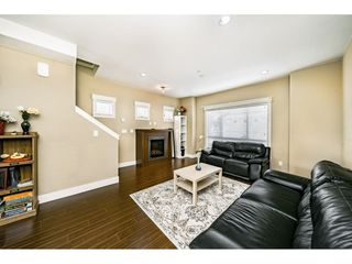 "Photo 1: 29 7298 199A Street in Langley: Willoughby Heights Townhouse for sale in ""THE YORK"" : MLS®# R2480495"