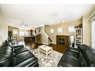 "Photo 3: 29 7298 199A Street in Langley: Willoughby Heights Townhouse for sale in ""THE YORK"" : MLS®# R2480495"