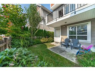 "Photo 14: 29 7298 199A Street in Langley: Willoughby Heights Townhouse for sale in ""THE YORK"" : MLS®# R2480495"