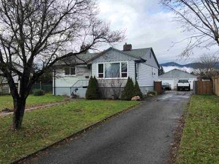 Main Photo: 46551 PORTAGE Avenue in Chilliwack: Chilliwack N Yale-Well House for sale : MLS®# R2529231