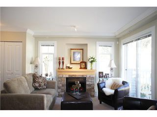 """Photo 4: 49 7428 SOUTHWYNDE Avenue in Burnaby: South Slope Townhouse for sale in """"LEDGESTONE 2"""" (Burnaby South)  : MLS®# V890162"""