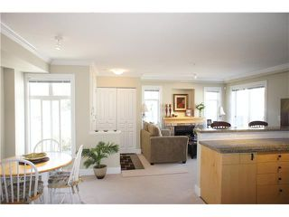 """Photo 3: 49 7428 SOUTHWYNDE Avenue in Burnaby: South Slope Townhouse for sale in """"LEDGESTONE 2"""" (Burnaby South)  : MLS®# V890162"""