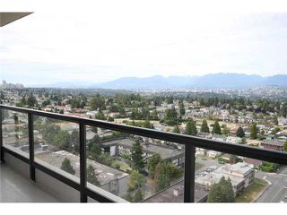 """Photo 9: 2302 7088 SALISBURY Avenue in Burnaby: Highgate Condo for sale in """"WEST"""" (Burnaby South)  : MLS®# V906437"""