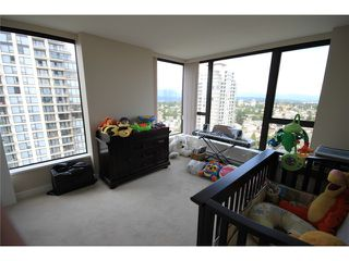 """Photo 7: 2302 7088 SALISBURY Avenue in Burnaby: Highgate Condo for sale in """"WEST"""" (Burnaby South)  : MLS®# V906437"""