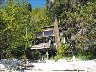 Main Photo: 8227 REDROOFFS Road in Halfmoon Bay: Halfmn Bay Secret Cv Redroofs House for sale (Sunshine Coast)  : MLS®# V910584