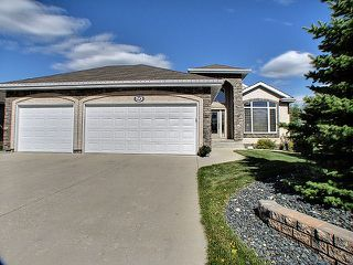 Photo 1: 50 Woodstone Drive in Winnipeg: Pritchard Farm Residential for sale (North East Winnipeg)  : MLS®# 1218765