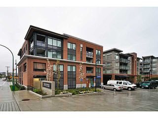 Photo 1: # 306 1673 LLOYD AV in North Vancouver: Pemberton NV Condo for sale : MLS®# V1001933