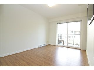 """Photo 5: 303 2577 WILLOW Street in Vancouver: Fairview VW Condo for sale in """"Willow Garden"""" (Vancouver West)  : MLS®# V1097846"""