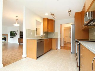 """Photo 2: 303 2577 WILLOW Street in Vancouver: Fairview VW Condo for sale in """"Willow Garden"""" (Vancouver West)  : MLS®# V1097846"""