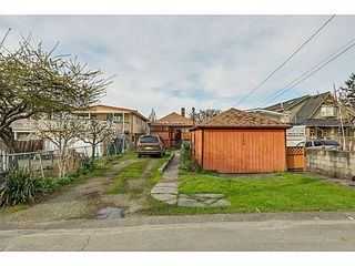 "Photo 13: 1288 E 26TH Avenue in Vancouver: Knight House for sale in ""CEDAR COTTAGE"" (Vancouver East)  : MLS®# V1114314"