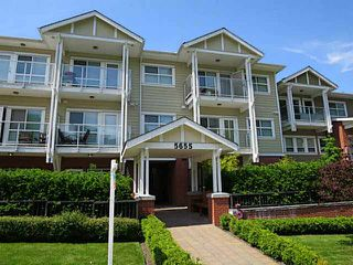 """Photo 1: 113 5655 INMAN Avenue in Burnaby: Central Park BS Condo for sale in """"CENTRAL PARK BS"""" (Burnaby South)  : MLS®# V1123825"""