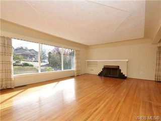 Photo 4: 3510 Richmond Rd in VICTORIA: SE Mt Tolmie House for sale (Saanich East)  : MLS®# 703026