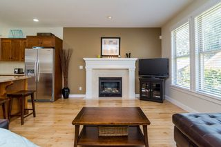 "Photo 12: 23032 BILLY BROWN Road in Langley: Fort Langley House for sale in ""Bedford Landing"" : MLS®# F1444333"