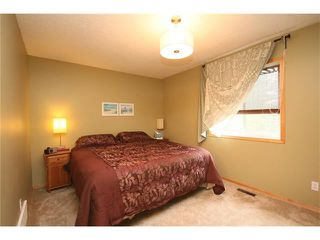 Photo 13: 34 West Hall Place: Cochrane House for sale : MLS®# C4026623