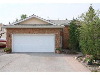 Photo 1: 34 West Hall Place: Cochrane House for sale : MLS®# C4026623