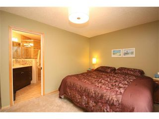Photo 14: 34 West Hall Place: Cochrane House for sale : MLS®# C4026623