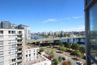 """Photo 15: 1003 1033 MARINASIDE Crescent in Vancouver: Yaletown Condo for sale in """"Quaywes"""" (Vancouver West)  : MLS®# R2007255"""