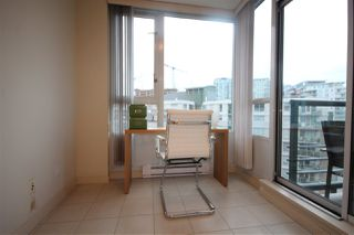 """Photo 11: 1003 1033 MARINASIDE Crescent in Vancouver: Yaletown Condo for sale in """"Quaywes"""" (Vancouver West)  : MLS®# R2007255"""